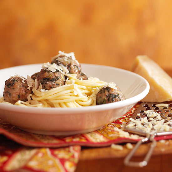 How to make italian meatballs the only sure thing from one recipe to another is the round shape you can change up the ground meat vary the seasonings forumfinder Image collections