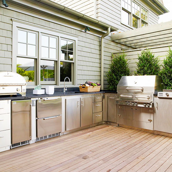 Tips For An Outdoor Kitchen: Outdoor Kitchen Ideas