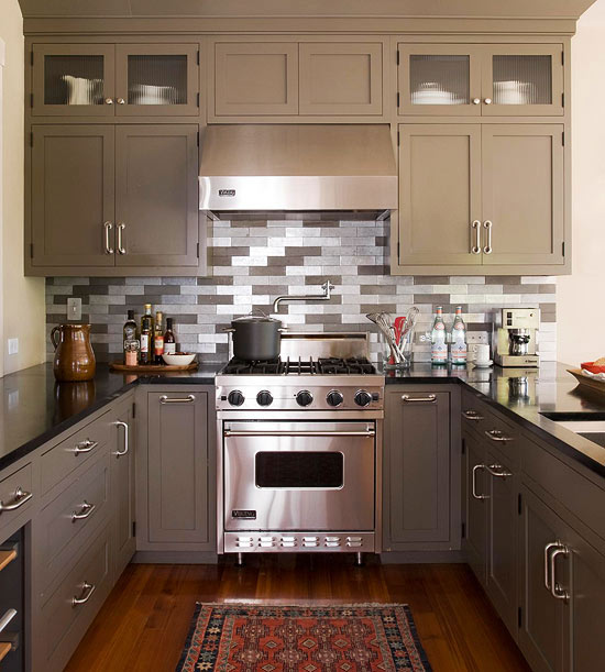 Small kitchen decorating ideas for Kitchen setup designs