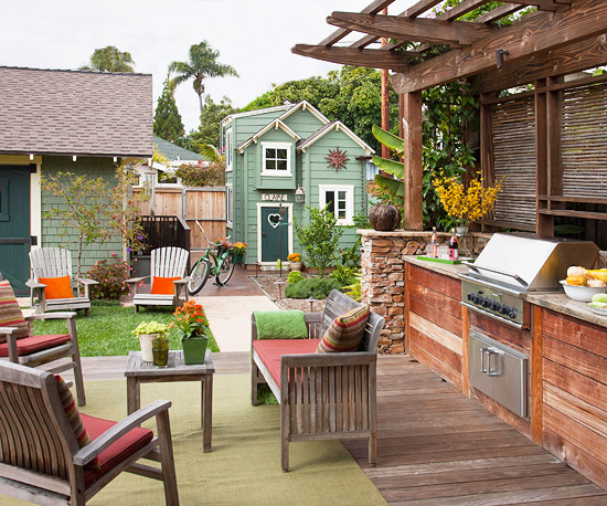 Ideas for functional outdoor spaces for Exterior house design for small spaces