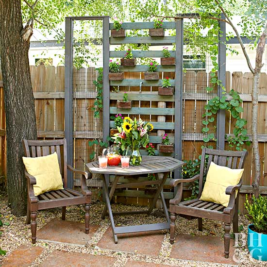 10 Small-Backyard Ideas