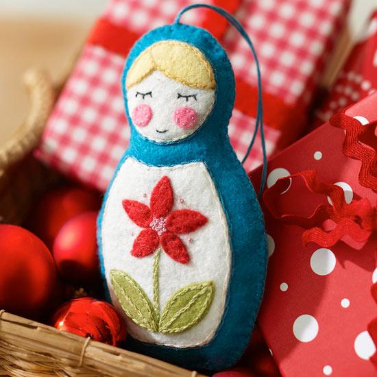 Make a Felt Russian Nesting Doll Ornament