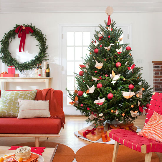 easy tips for decorating a christmas tree