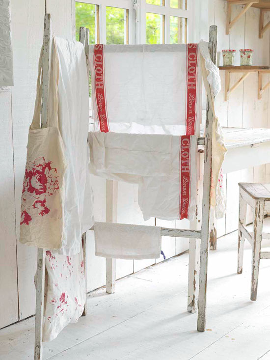 How to Wash Antique Linens & Clothing