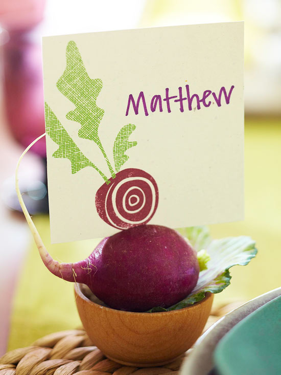 Print an Illustrated Vegetable Place Card and Favor