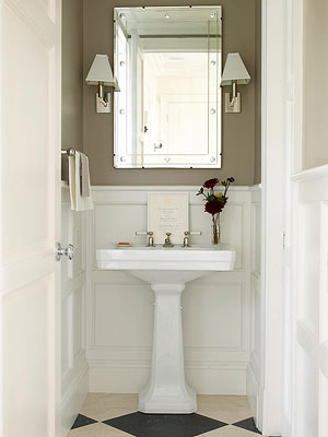To Create A Master Bathroom That Doesnu0027t Feel Claustrophobic And Cramped,  Incorporate Elements That Visually Expand The Space. Avoid Clunky Fixtures:  A ...