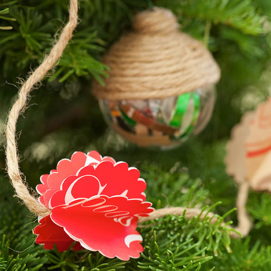 Homemade Country-Style Christmas Tree Decorations From
