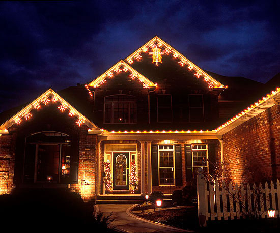 Work with a Professional to Light Your Home for the Holidays