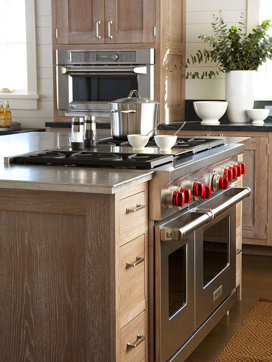 Kitchens With Pro Style Amenities