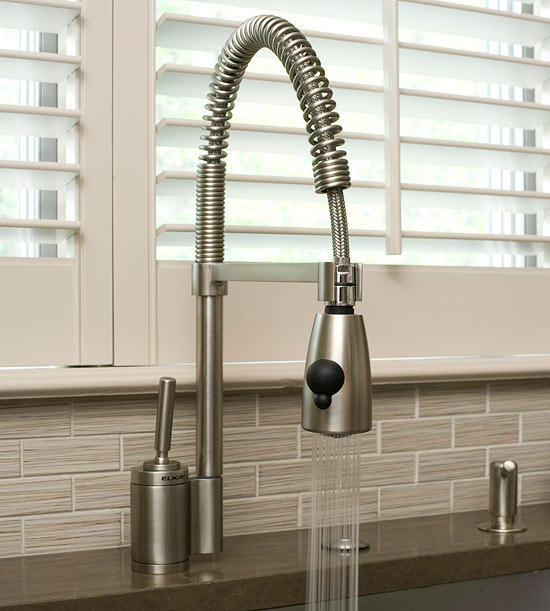 Kitchen Sinks & Faucets