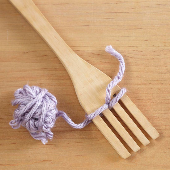 How to Make Yarn Pom-Poms