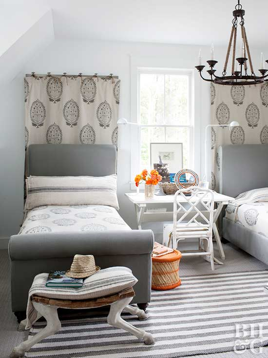 Shared Bedroom Ideas For Small Rooms Part - 44: When Decorating Your Guest Room, Consider Twin Bed Ideas For Small Rooms In  Place Of One King-size Bed. Not All Guests Will Be Comfortable Sleeping In  The ...