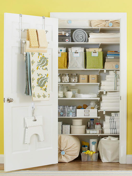 Awesome Organizing Linen Closet Ideas Part - 2: Clean And Tidy