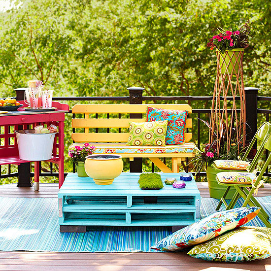 Diy outdoor projects pallets in a perky palette solutioingenieria Choice Image