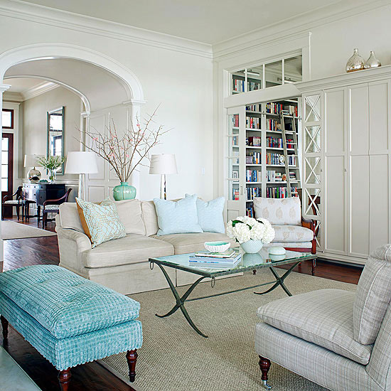 What Goes With A Gray Sofa