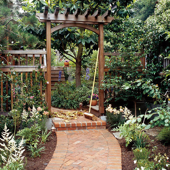 build a traditional entry arbor - Arbor Design Ideas