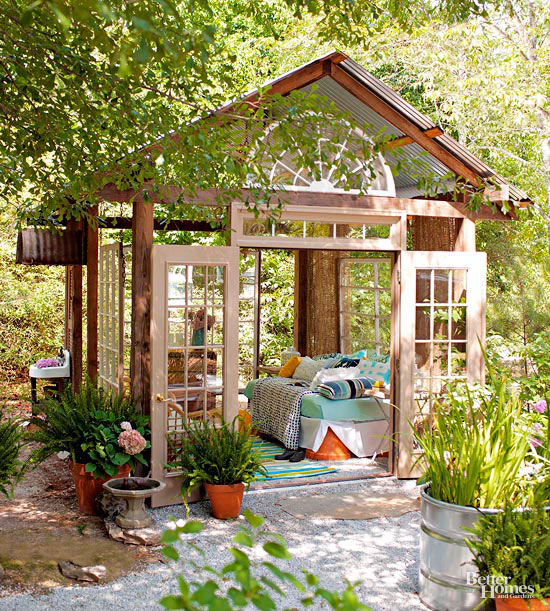 Small + Simple Outdoor Living Spaces on Simple Outdoor Living id=69250