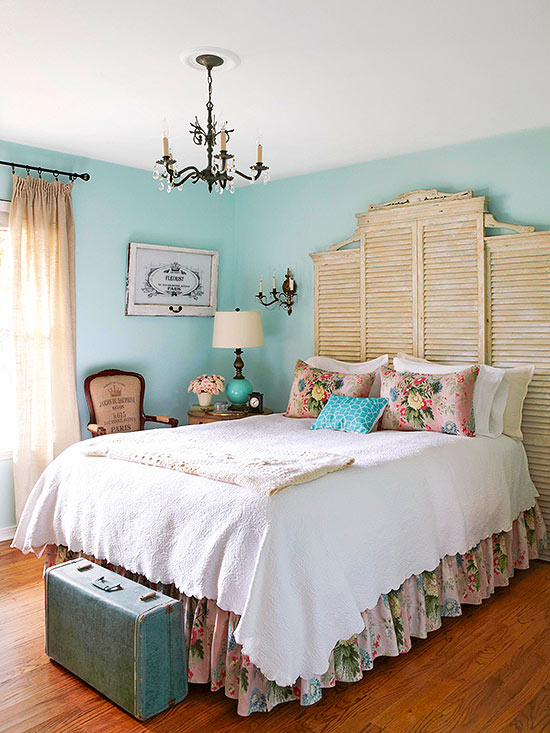 Vintage bedroom ideas for Decorate your bed