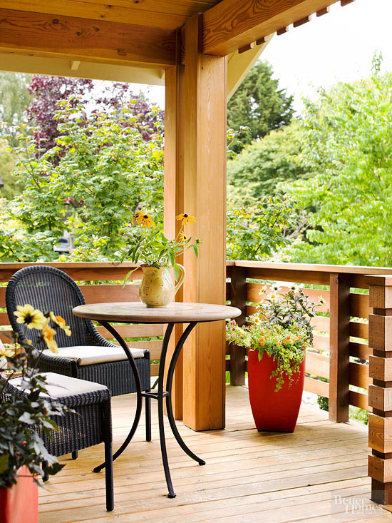 Small + Simple Outdoor Living Spaces on Simple Outdoor Living id=30692