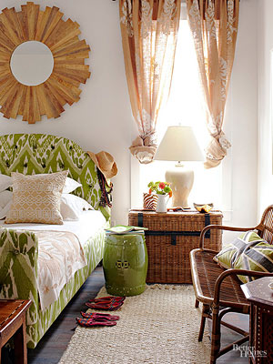 Bedroom Decorating: Cottage-Style Bedroom Decor