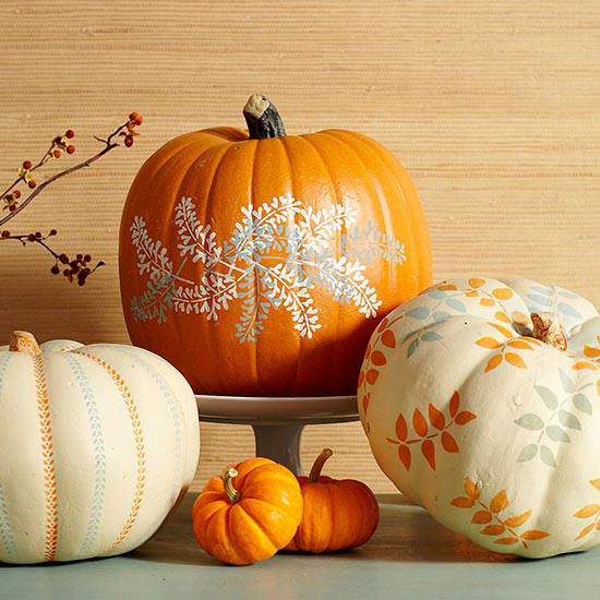 Stenciled pumpkins from BHG.com  |  25 Creative DIY Pumpkins at www.andersonandgrant.com