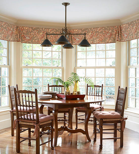 Casual Traditional Dining Rooms: Casual Dining Rooms: Looks To Try For An Eat-In Kitchen Or