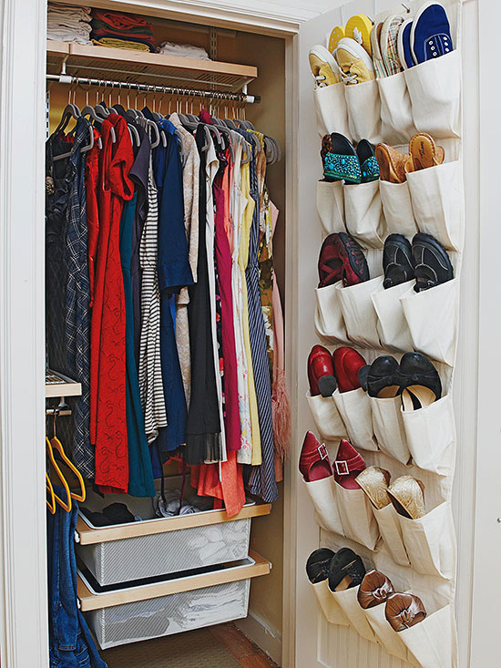 How to organize clothes - Closet ideas small spaces concept ...