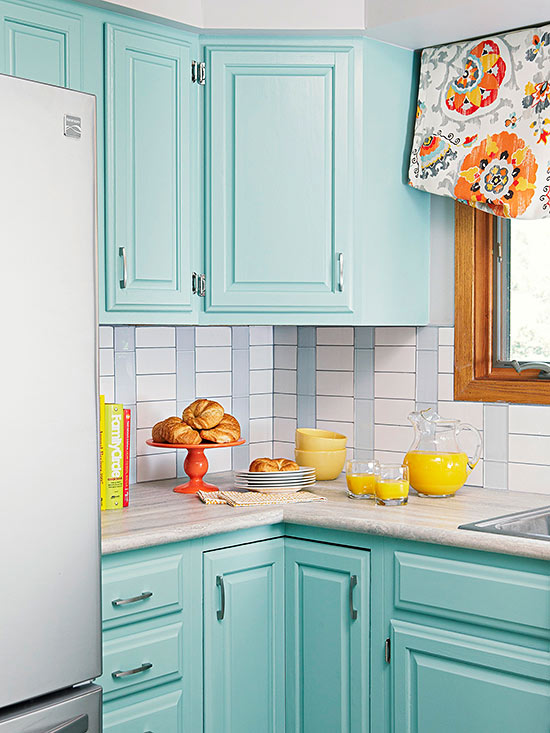 Blue backsplash for Tiffany blue kitchen ideas