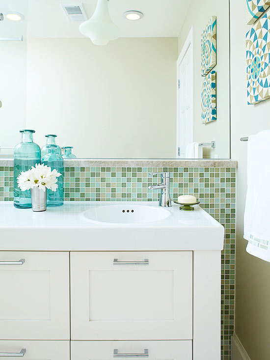 Close Up Undersink Storage