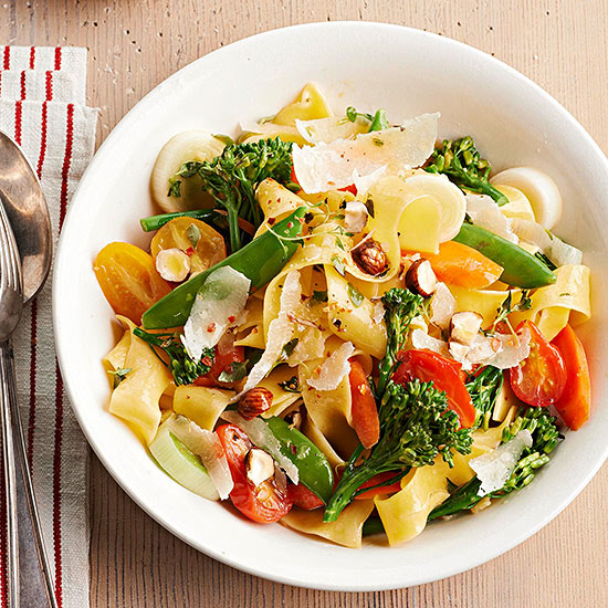 Vegetarian pasta recipes pappardelle primavera with spring vegetables and hazelnuts forumfinder Choice Image