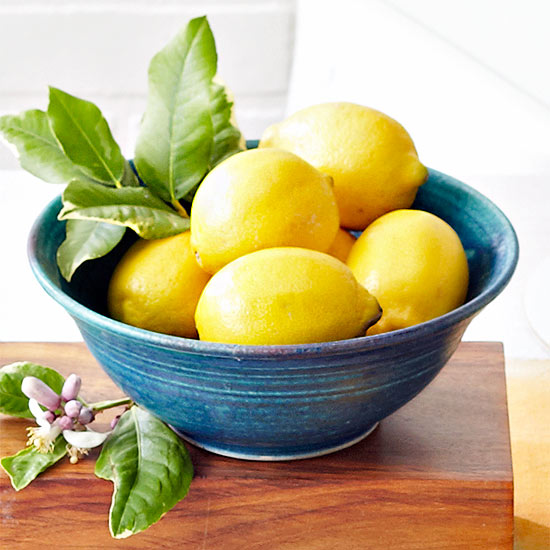 21 Ways to Clean with Lemon All Around the House