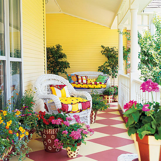Boost Curb Appeal with an Entryway Garden