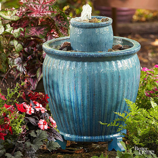 High Fire Glazed Pottery Such As This Proves Ideal For A Fountain Because  It Is More Durable Than Terra Cotta Or Glazed Ceramic.