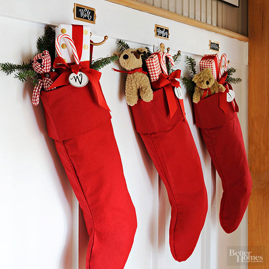 Christmas stockings 45 cool stocking stuffer ideas solutioingenieria Images