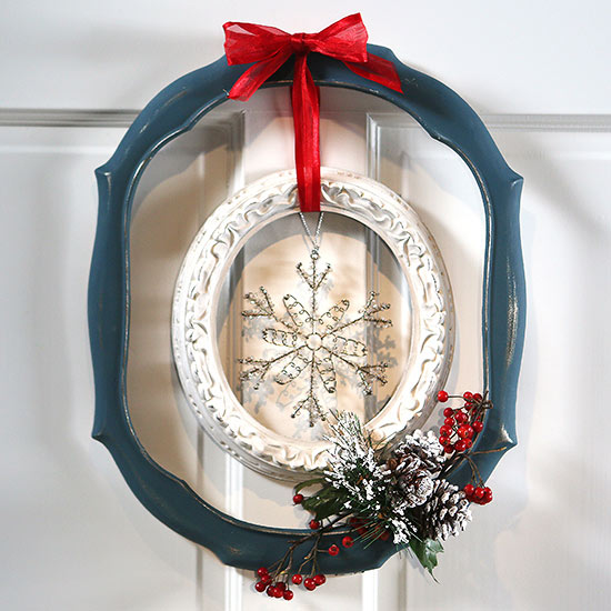 Christmas Wreath from Flea Market Finds