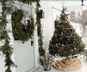 A Door Height Tree Adds Festive Touch To Your Front Porch Use Burlap Wrap As The Skirt And Decorate With Natural Ornaments Like Pine