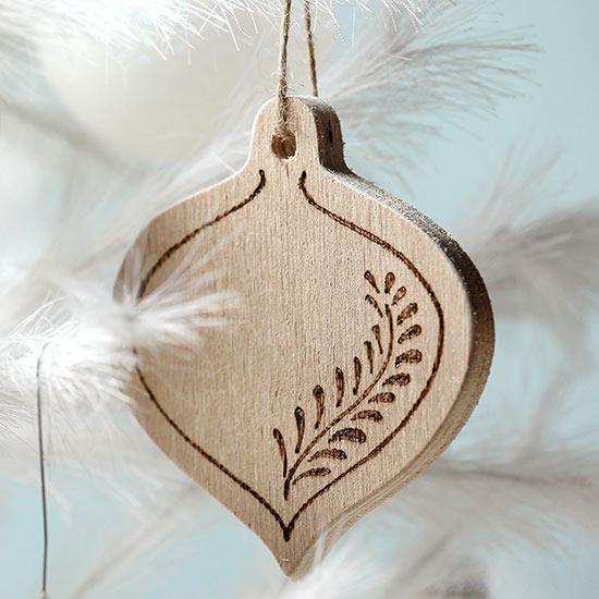 Easy DIY Wood Slice Ornaments