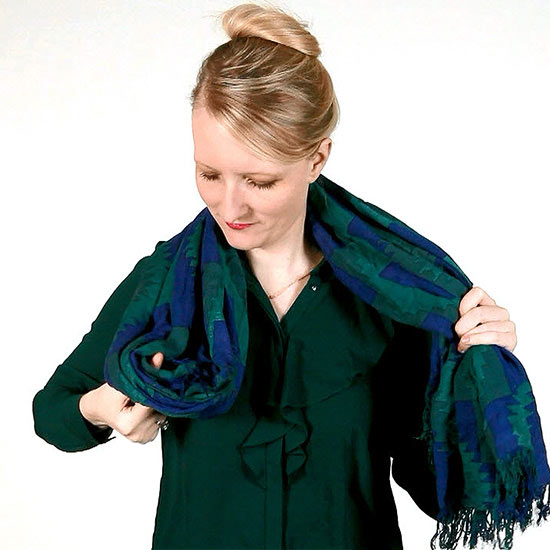 Five Easy, Fun Ways to Tie a Scarf