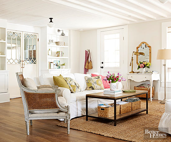 Decorating with white creative ways to use this neutral for Decorating with neutral walls