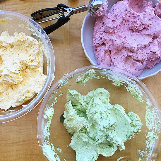 Frosting Made with Natural Food Coloring