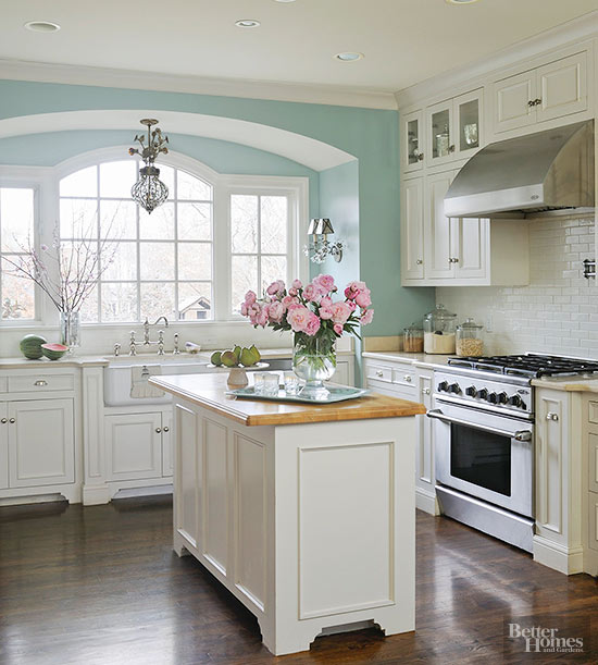 Kitchen Island Accent Color: Popular Kitchen Paint Colors