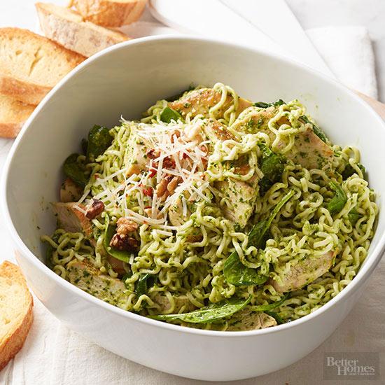 Chicken Spinach Pesto Noodle Skillet
