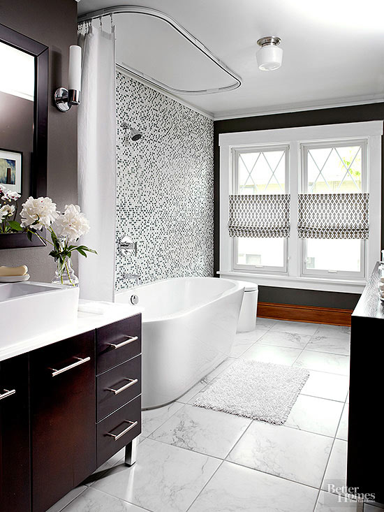 Black and white bathroom ideas for Small bathroom design black and white