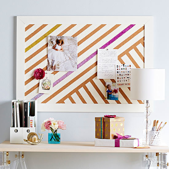 The Key To College Room Decor Is Mixing Style With Functionality One Good Way To Do This Is To Accessorize Your Bulletin Boards With Keepsakes And