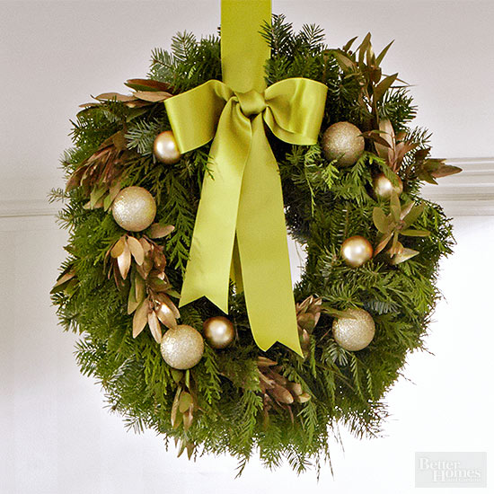 How to Make a Bow for a Wreath