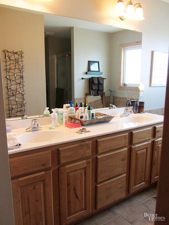 bath makeover under 800. Black Bedroom Furniture Sets. Home Design Ideas