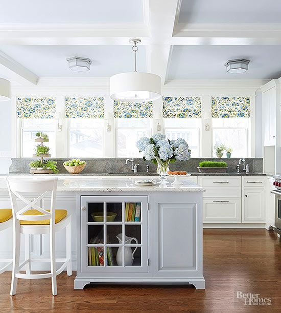 Wood cottage kitchen images galleries for Cottage kitchen styles pictures