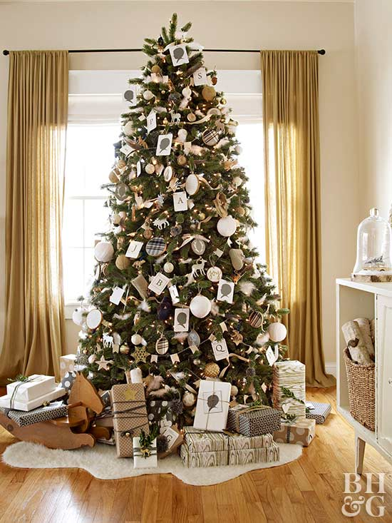 Real Home Christmas Tree, White And Gray Ornaments, Antique Looking