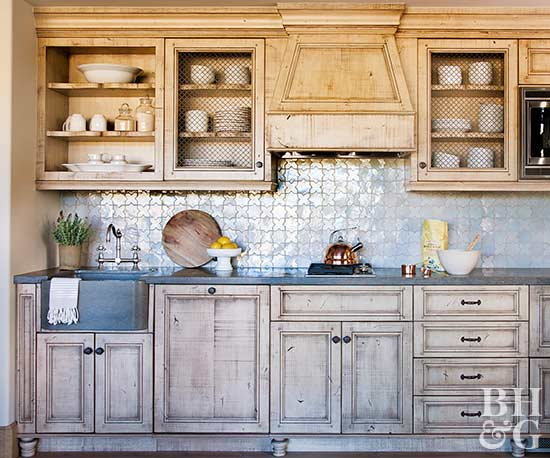 17 Kitchens With Scene Stealing Backsplashes