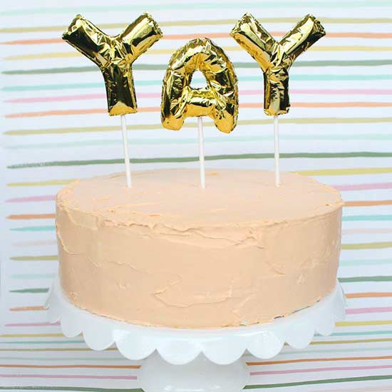 DIY Cake Toppers to Make Your Cake Prettier